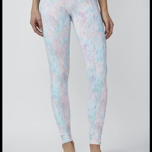 DYI Signature Printed Tight